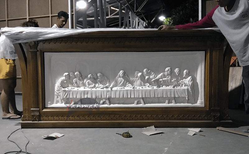 relief-perjamuan-terakhir-meja-latar