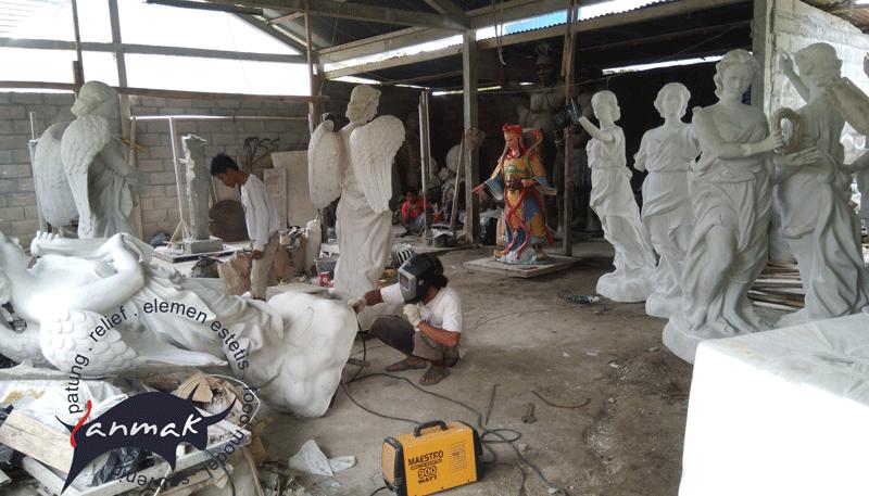 jasa pembuatan patung fiber
